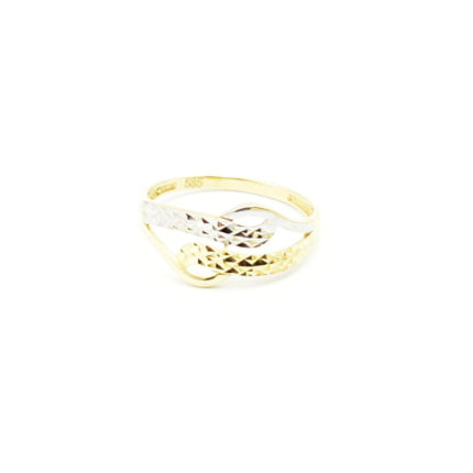 Złoty pierścionek ażurowy – fala