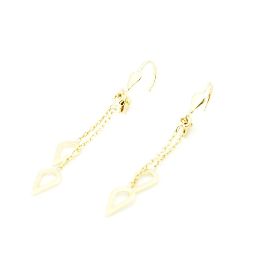 Eleganckie złote kolczyki na angielskim sztyfcie.