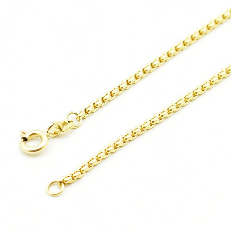Fasetowana kostka - klasyczny złoty łańcuszek.