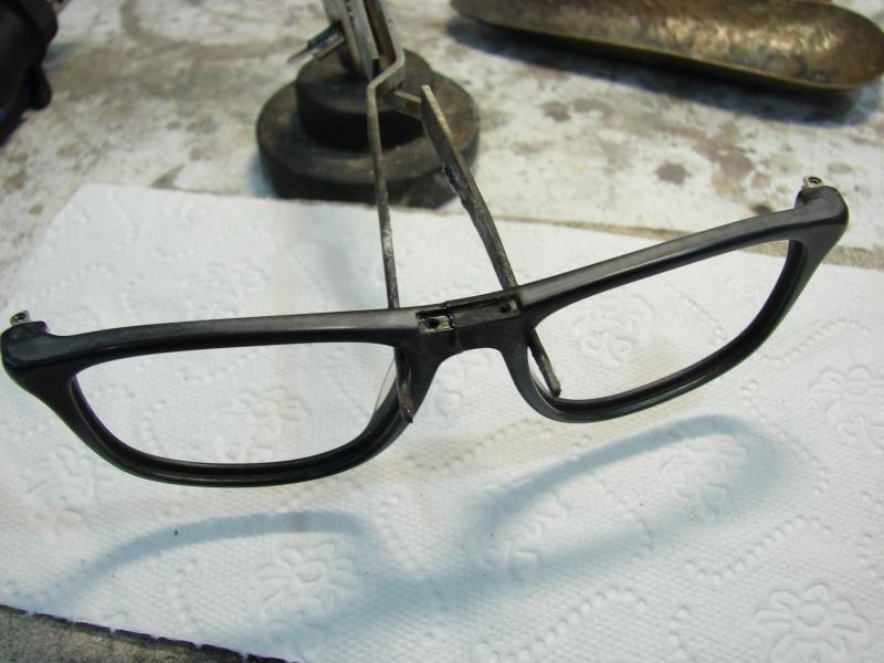 Klejenie okularów