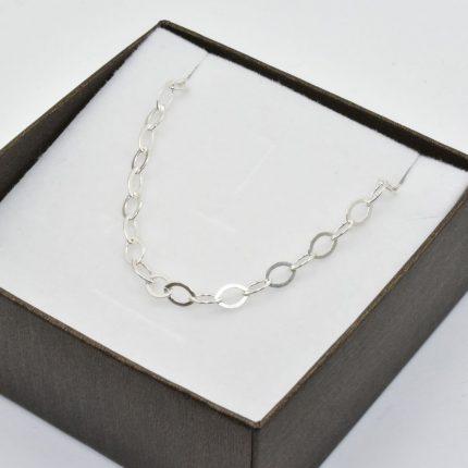 Srebrny łańcuszek z owalnch ogniwek