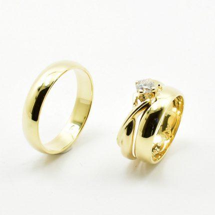 Zdjęcie nr. 5 Obrączki ślubne dopasowane do pierścionka zaręczynowego.