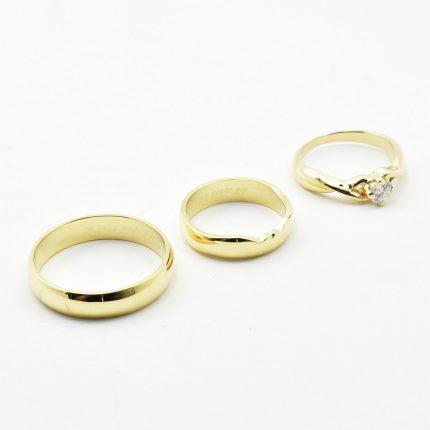 Zdjęcie nr. 6 Obrączki ślubne dopasowane do pierścionka zaręczynowego.