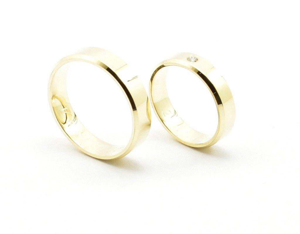 Obrączki ślubne z własnego złota próby 500.