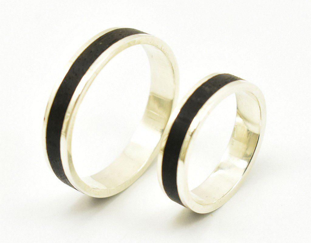 Obrączki ślubne białe złoto – drewno heban