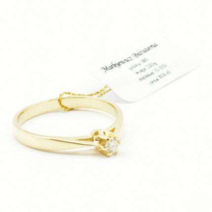 Pierścionek zaręczynowy z brylantem 0,07ct Si/I