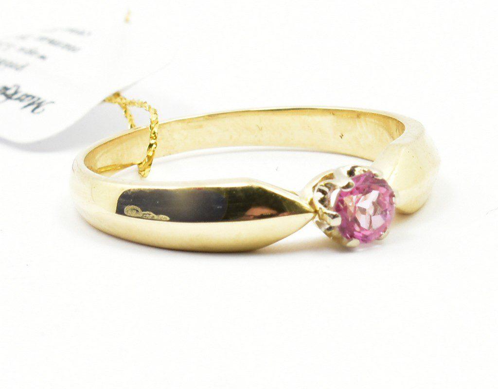 Pierścionek z różowym topazem 0,32 ct.