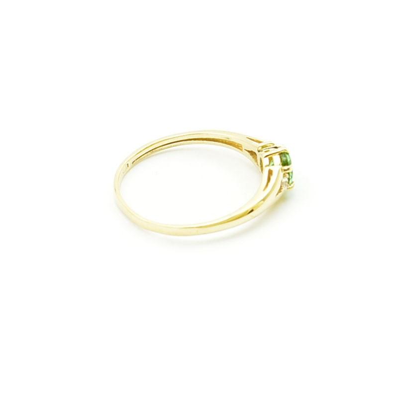 Elegancki złoty pierścionek z Zultanitem i cyrkoniami.