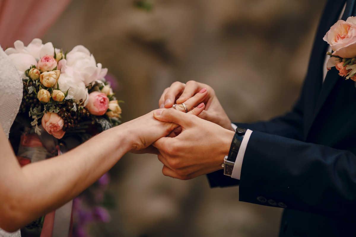 Tradycja i obrączki ślubne – czego możemy się dowiedzieć