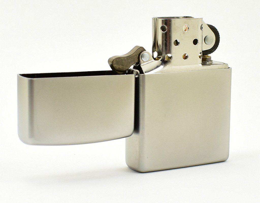 Zapalniczka beznynowa Zippo 205 Satin Chrome