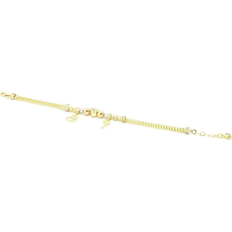 Złota bransoletka z zawieszkami.