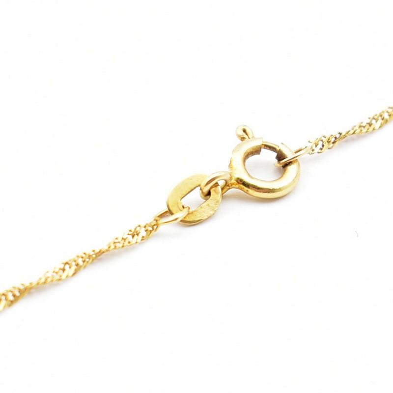 Złoty singapur - delikatny złoty łańcuszek.